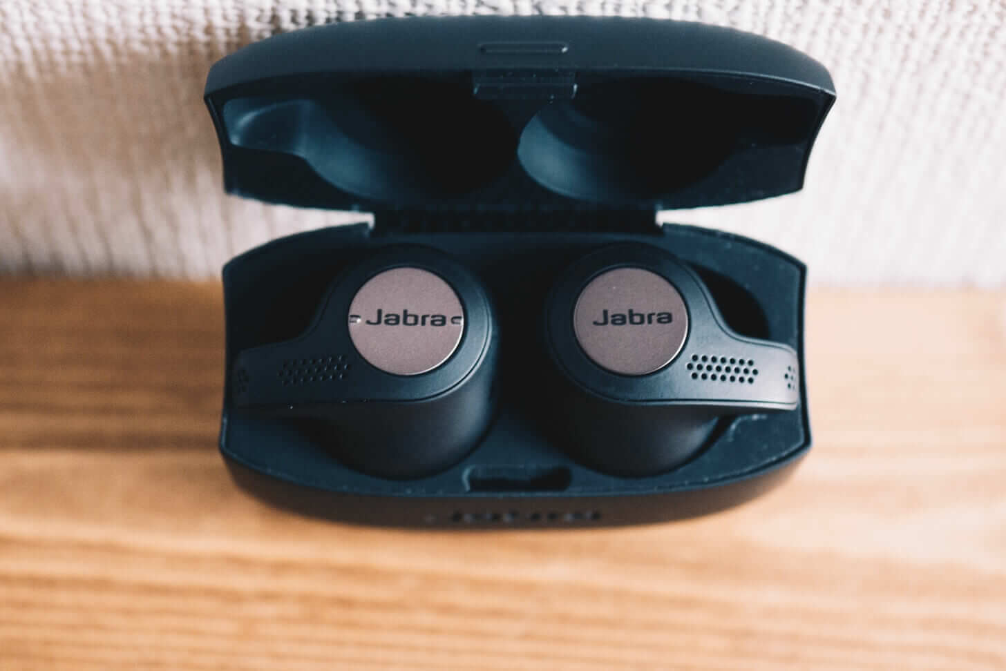 Jabra wireless earphone3